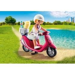 9084 - Chica Playera con Scooter - Novedad Playmobil 2017
