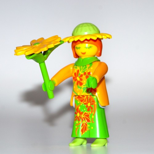 RESERVE * - 9147 - Figures-Playmobil - about surprise - series 11 - women